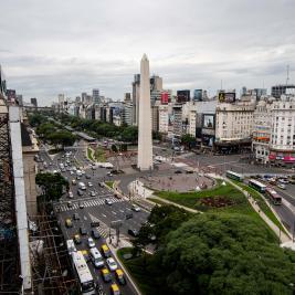 Obelisk exterior Hotel Bristol Buenos Aires